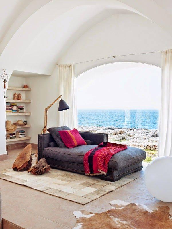 Holiday cottage decor