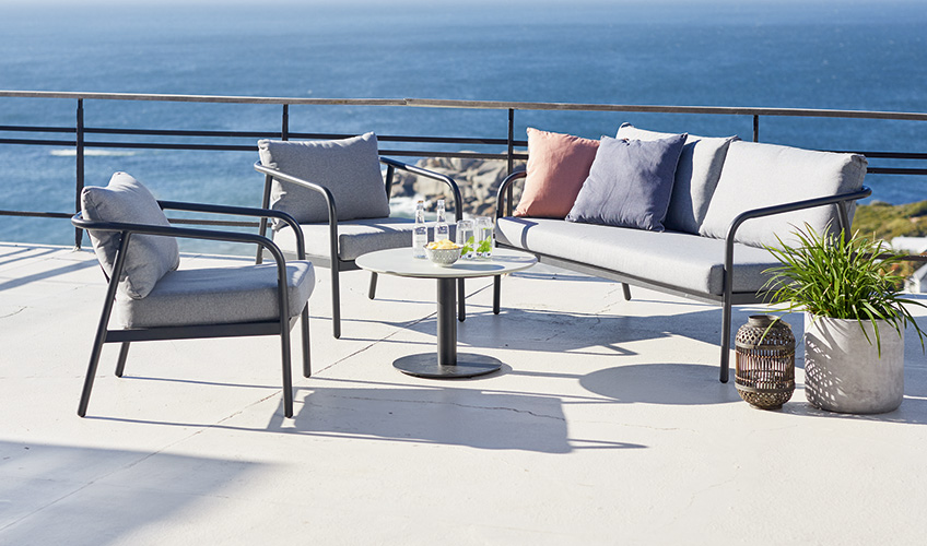 vara asta st m afar mobilier pentru teras i balcon designtherapy. Black Bedroom Furniture Sets. Home Design Ideas