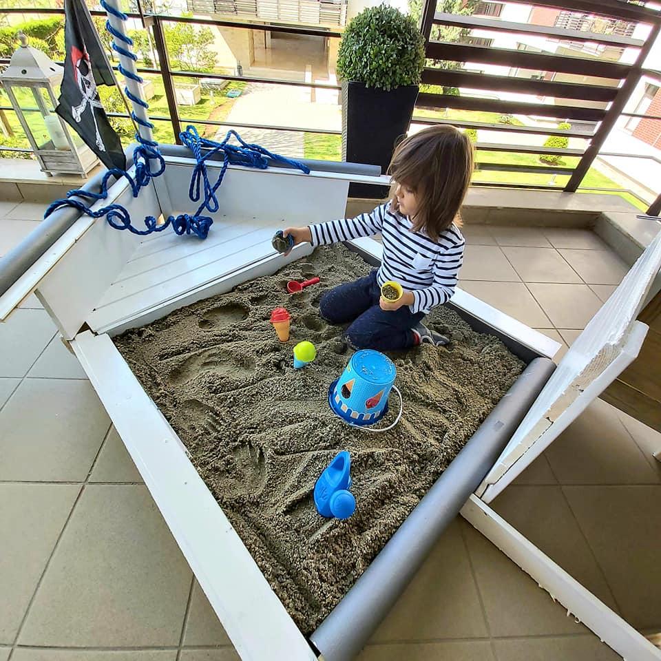 loc de joacă Montessori